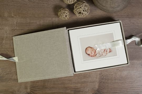 Seldex Artistic Albums Frame White Frame Newborn Photography