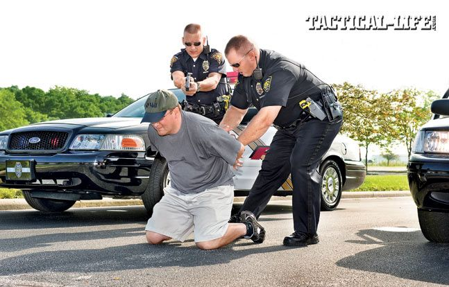 Tips And Tactics For Handcuffing Suspects Law Enforcement Training Tactical Life Law Enforcement