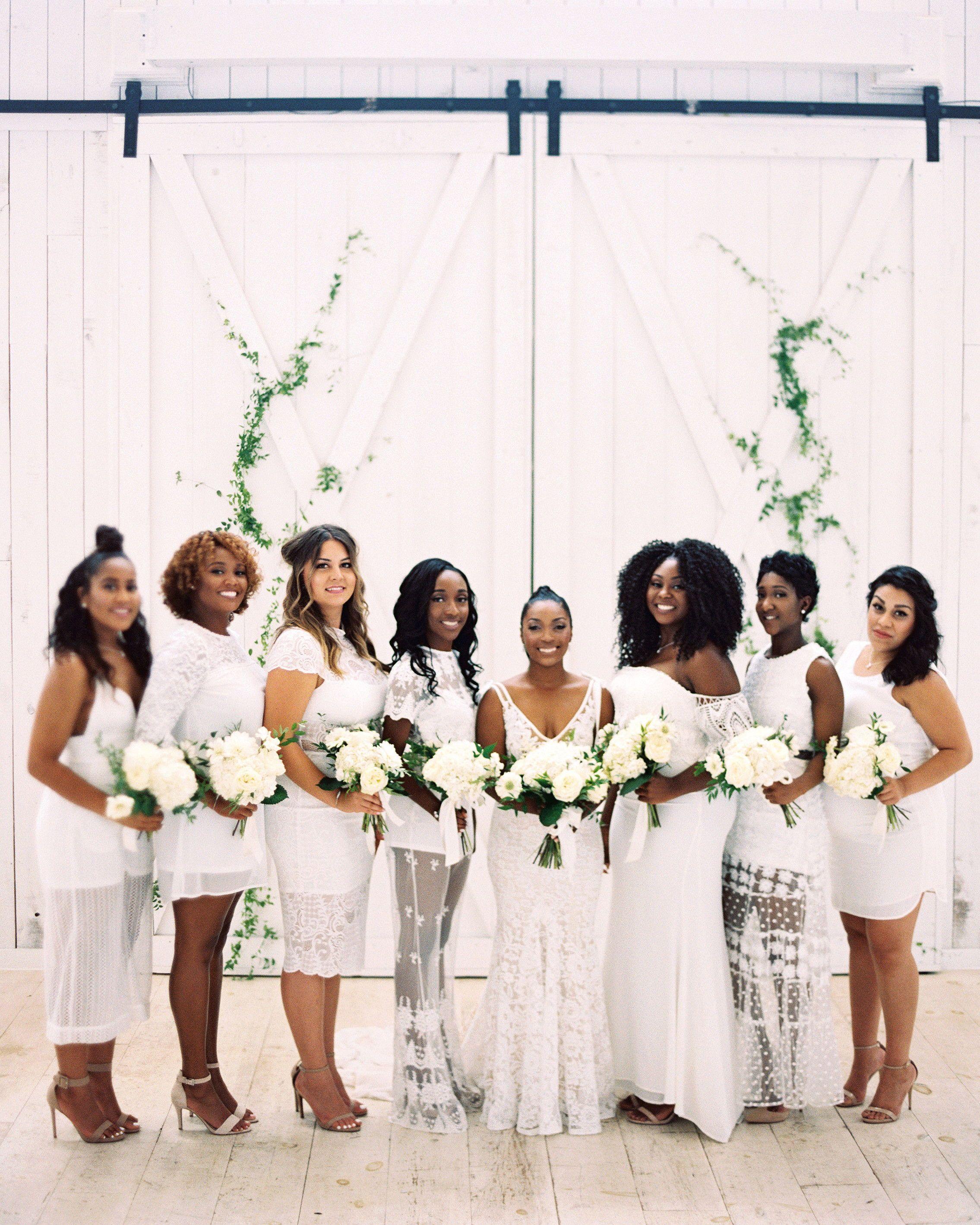One Couple S Beautiful Barn Wedding In Dallas Texas Beautiful Bridesmaid Dresses Barn Wedding White Bridesmaid Dresses