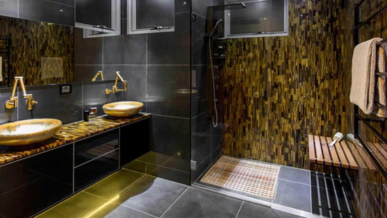Bathroom Interior Design With Caesarstone 8630 Concetto
