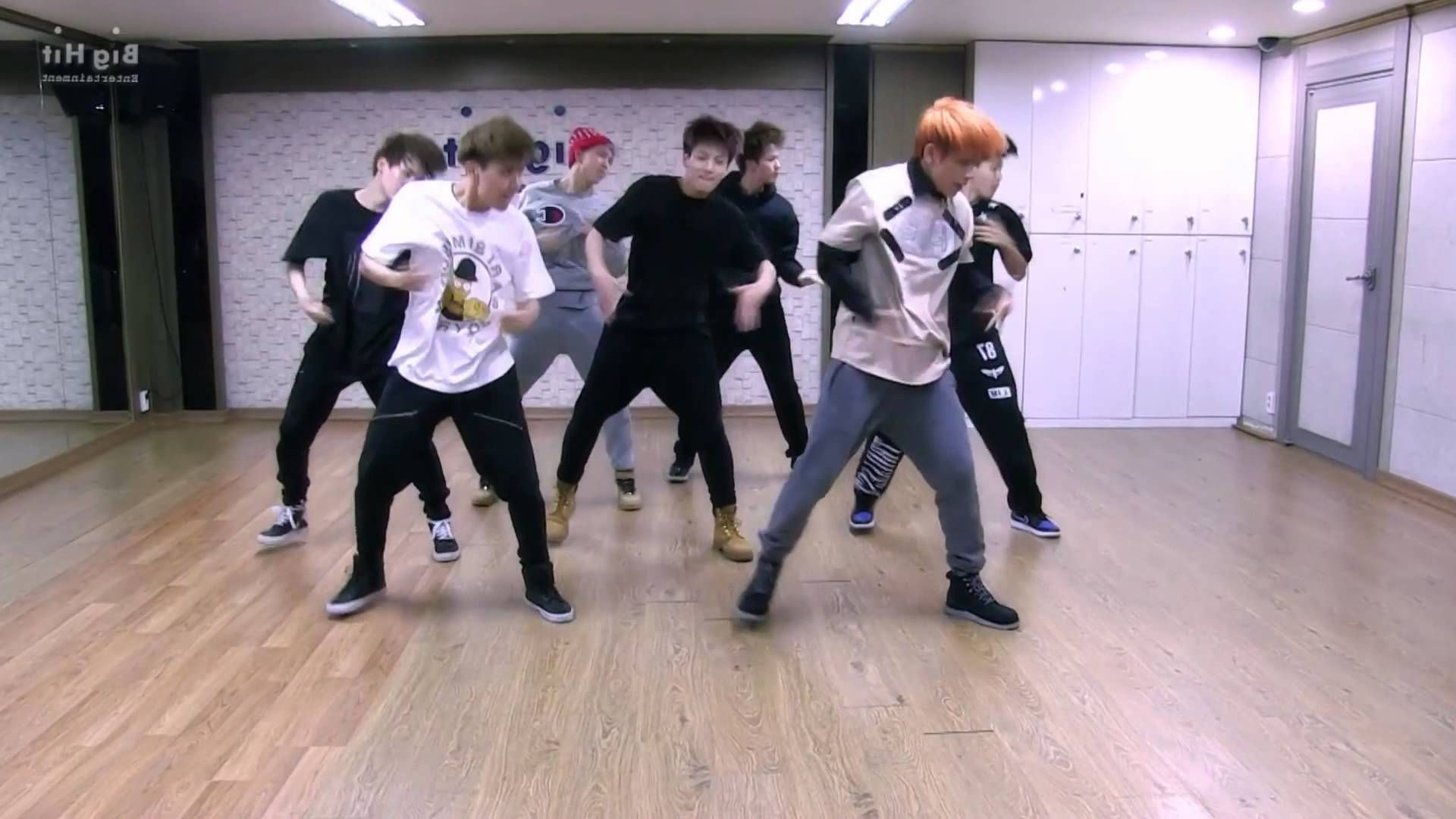 BTS - Boy in Luv - mirrored dance practice video - 방탄소년단 상남자