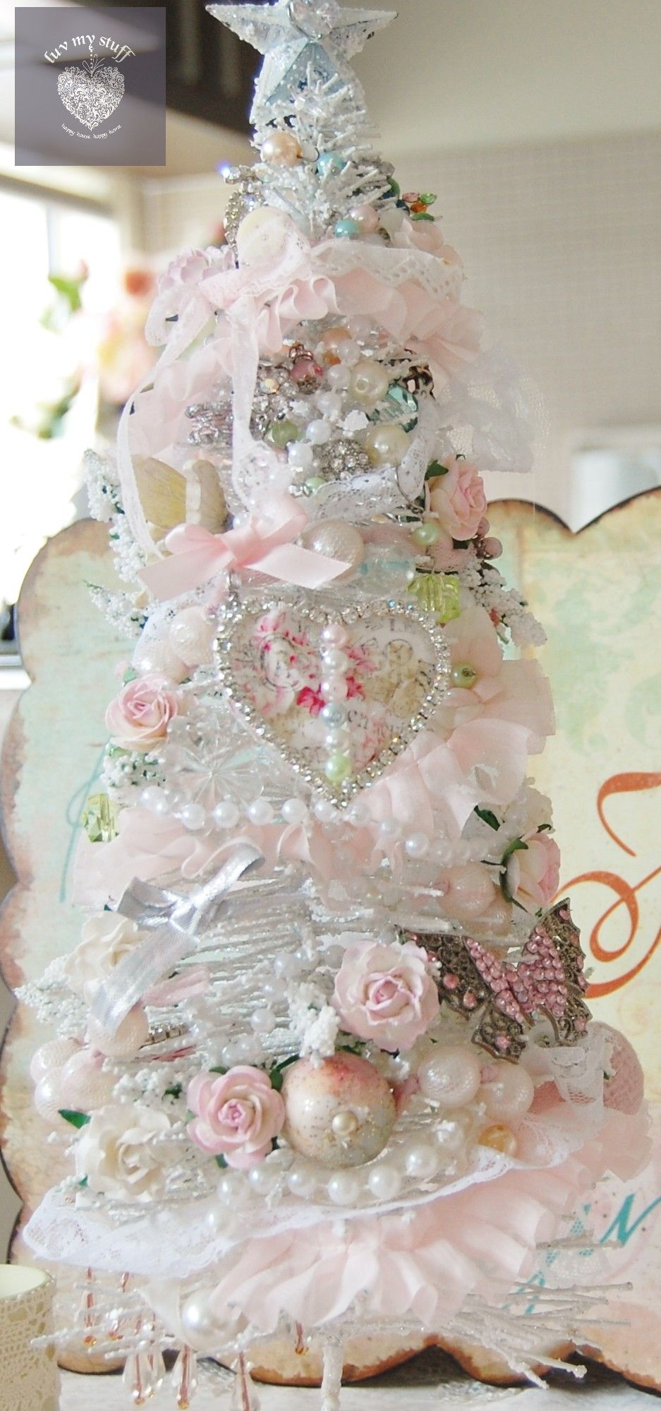 shabby chic pink and white little christmas tree by luvmystuff christmas decor pinterest. Black Bedroom Furniture Sets. Home Design Ideas
