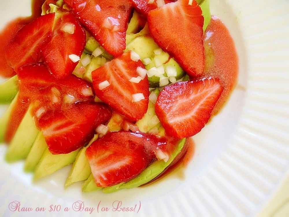Raw on 10 a day or less raw food recipe avocado strawberry raw food recipe avocado forumfinder Images