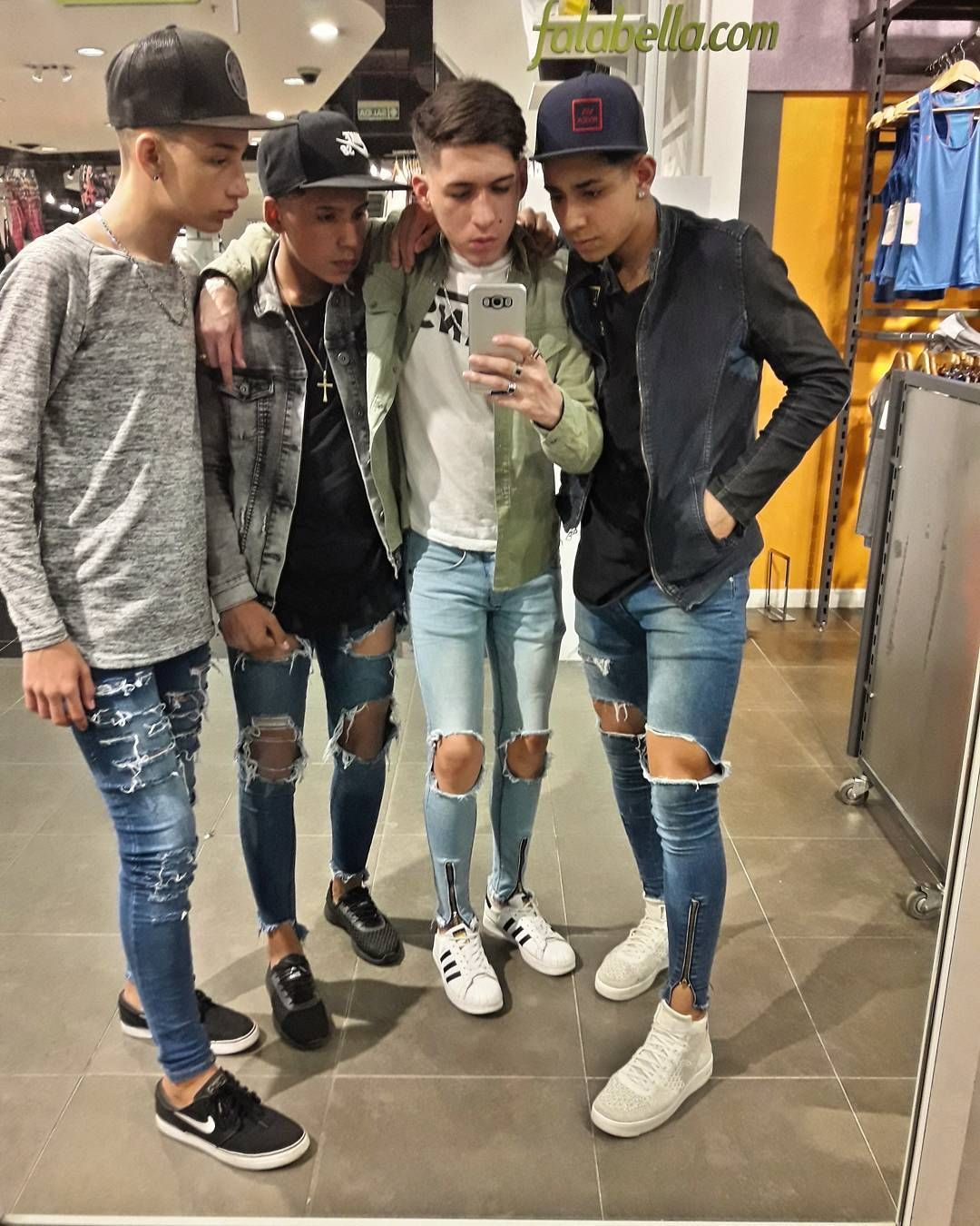 Pin On I Luv Boyz In Tight Jeans