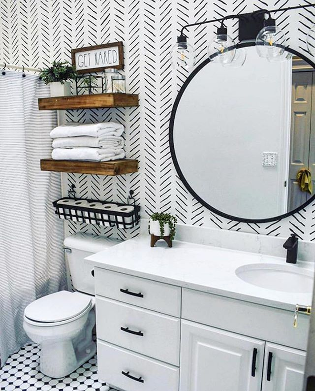 Photo of DIY bathroom accent wall ideas on a budget using easy to use wall stencil patter…
