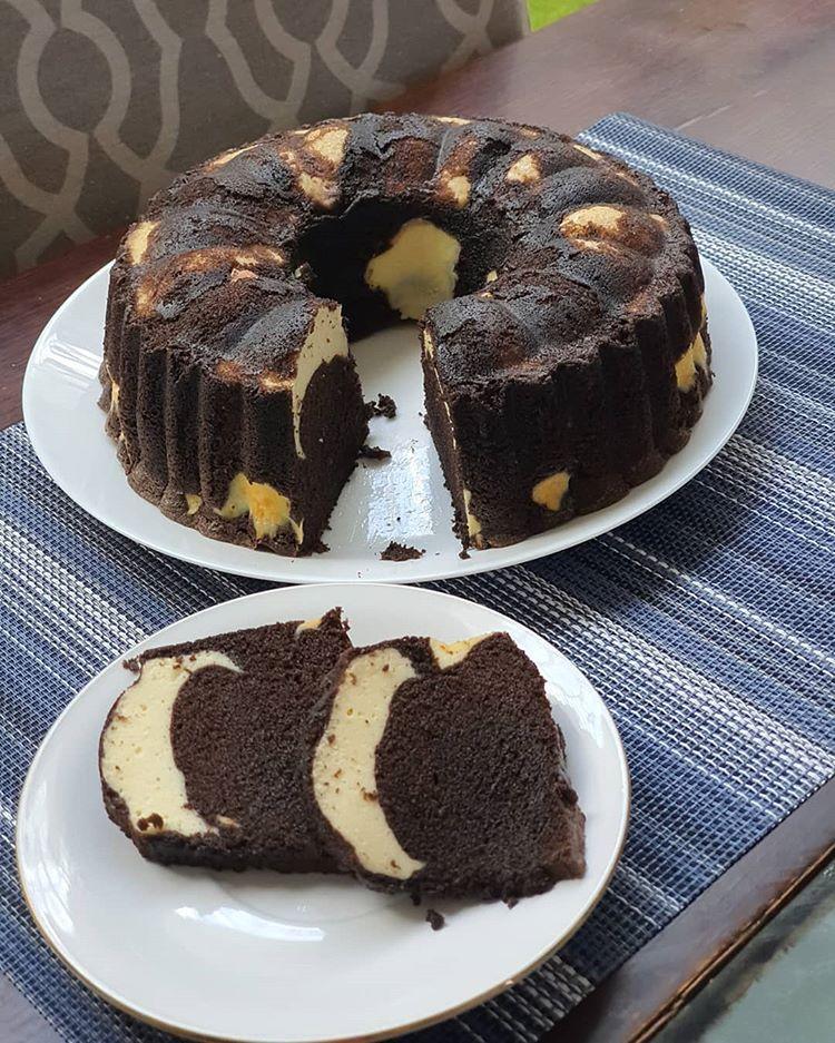 Mike Herawati Di Instagram Ini Saya Bikin Yg Ke 2x Nya Dulu Prnh Bikin 1 2 Resep Dari Resep Asli Jdnya 1loyang Brownies Ukuran Kue Tulban Kue Cokelat Makanan
