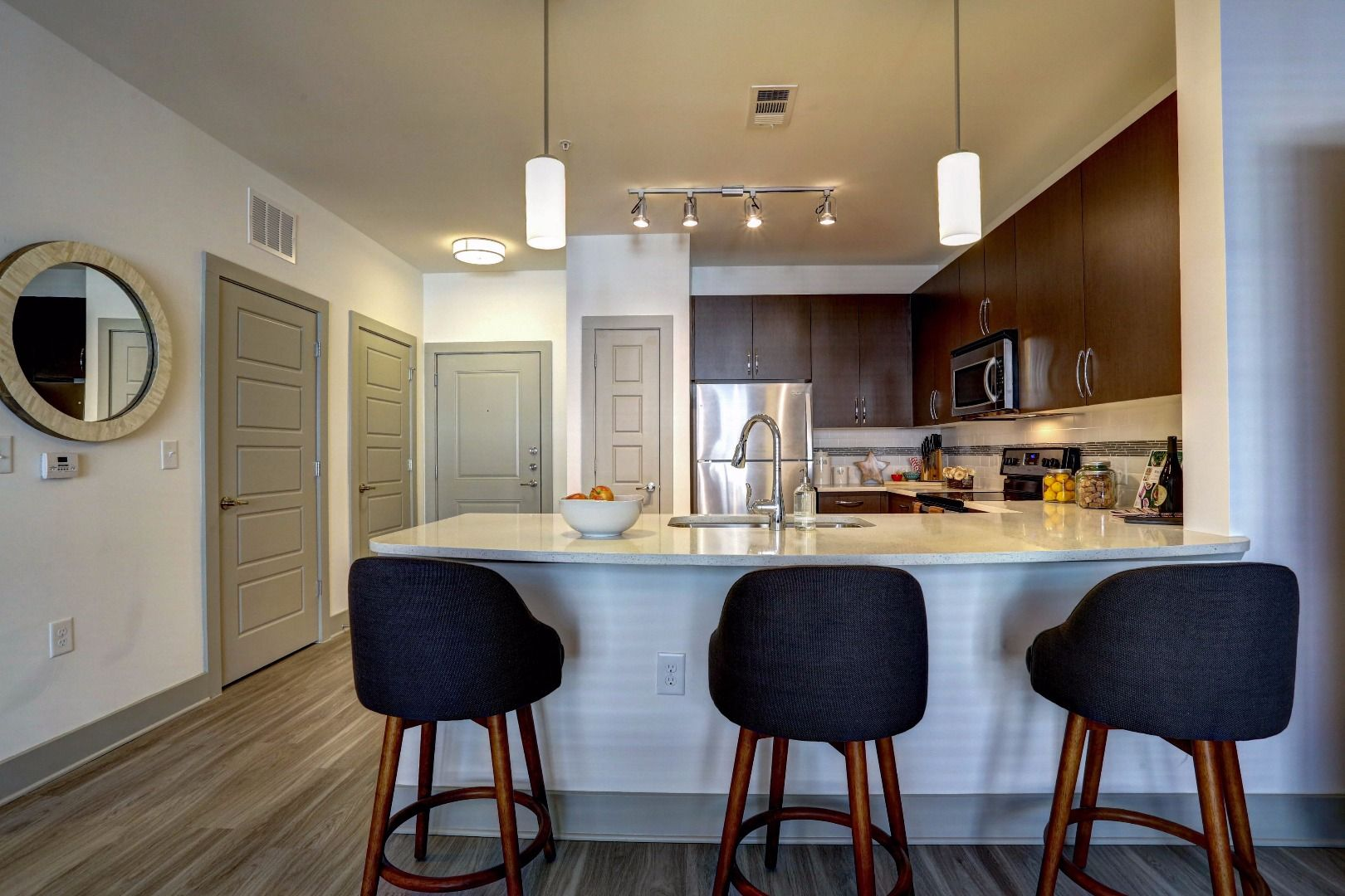Luxury Apartments For Rent In Alpharetta GA Offers Shopping, Dining U0026  Entertainment Right Outside Your Door.
