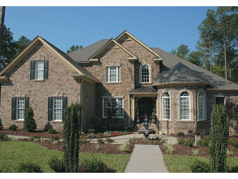 Colonial Style House Plan 4 Beds 4 Baths 2884 Sq Ft Plan 927 587 American Houses Traditional House Plans House Plans