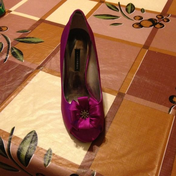 High heels Beautiful high heels. Only worn once! Great for wedding or special event! caparros Shoes Heels