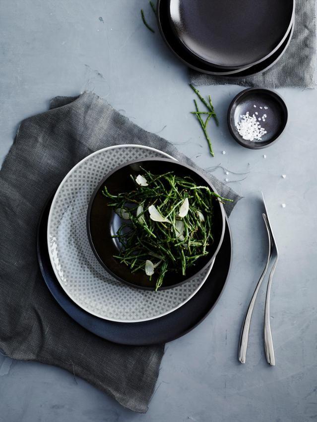 Steinzeug Geschirr rosenthal junto porzellan pearl grey und steinzeug slategrey küche