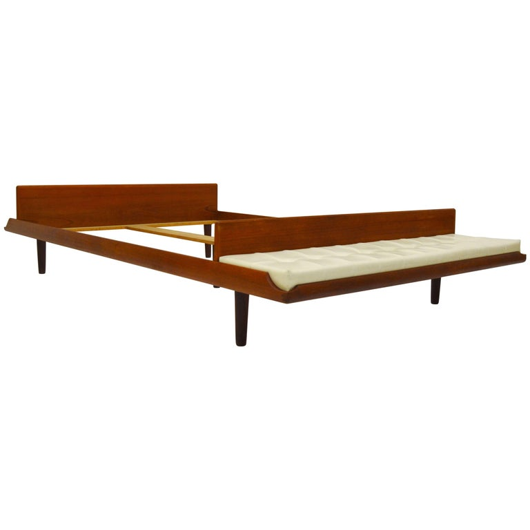 Best 1Stdibs Double Master Bed Bench Danish Mid Century 400 x 300