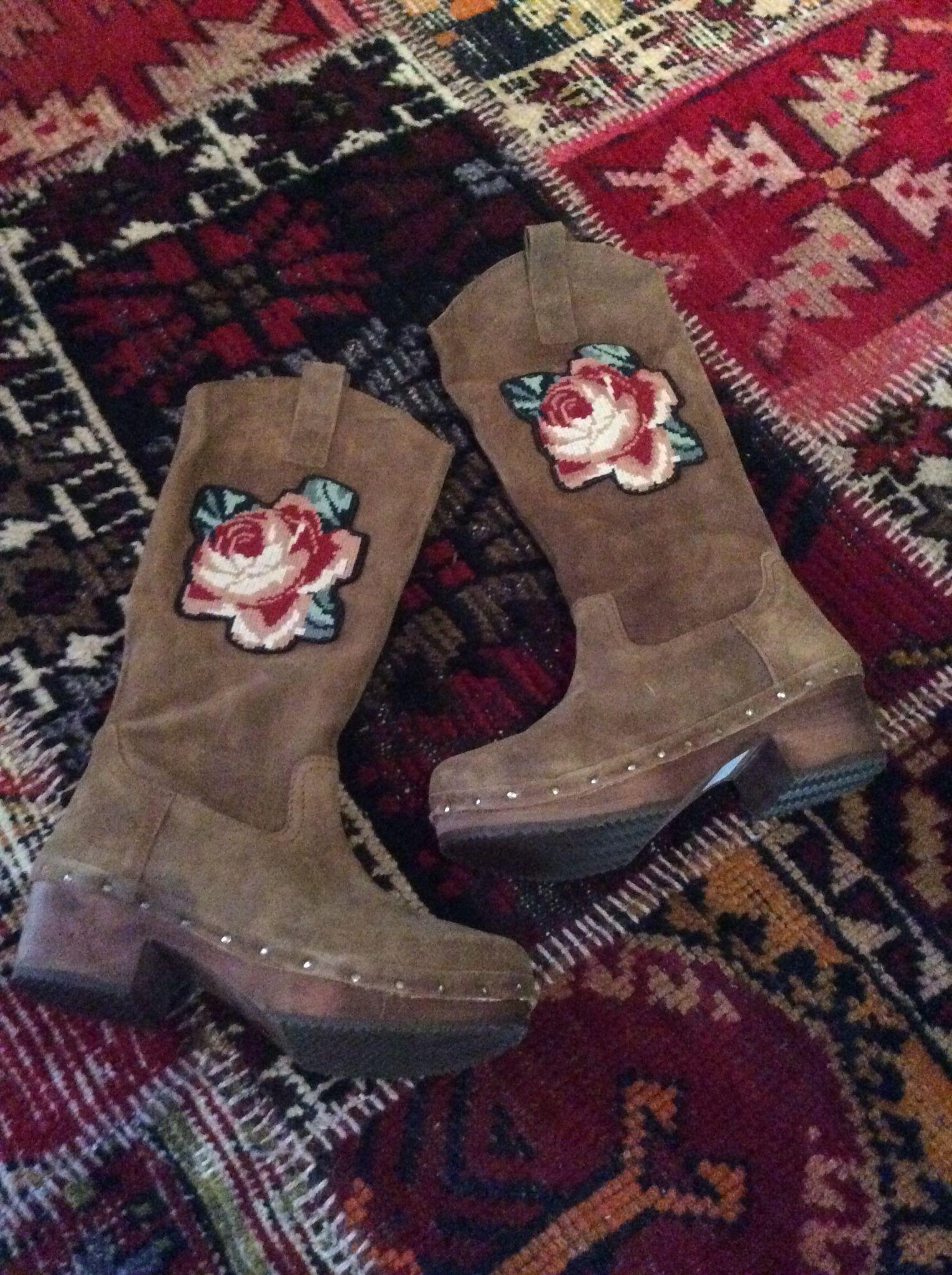 Xuz, portuguese boots