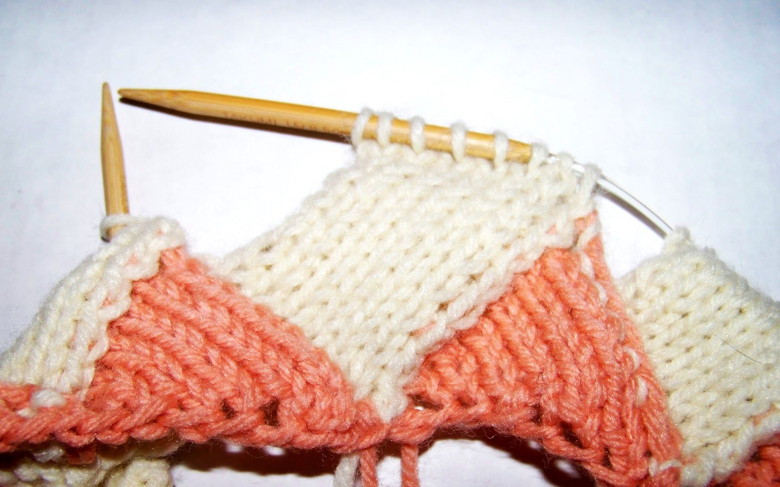 Entrelac in the round. Using on Jerome\'s stocking. | Knitting and ...