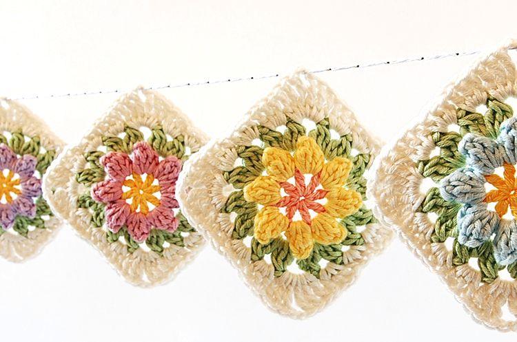 DIY: flowers granny square ✭Teresa Restegui http://www.pinterest.com/teretegui/ ✭