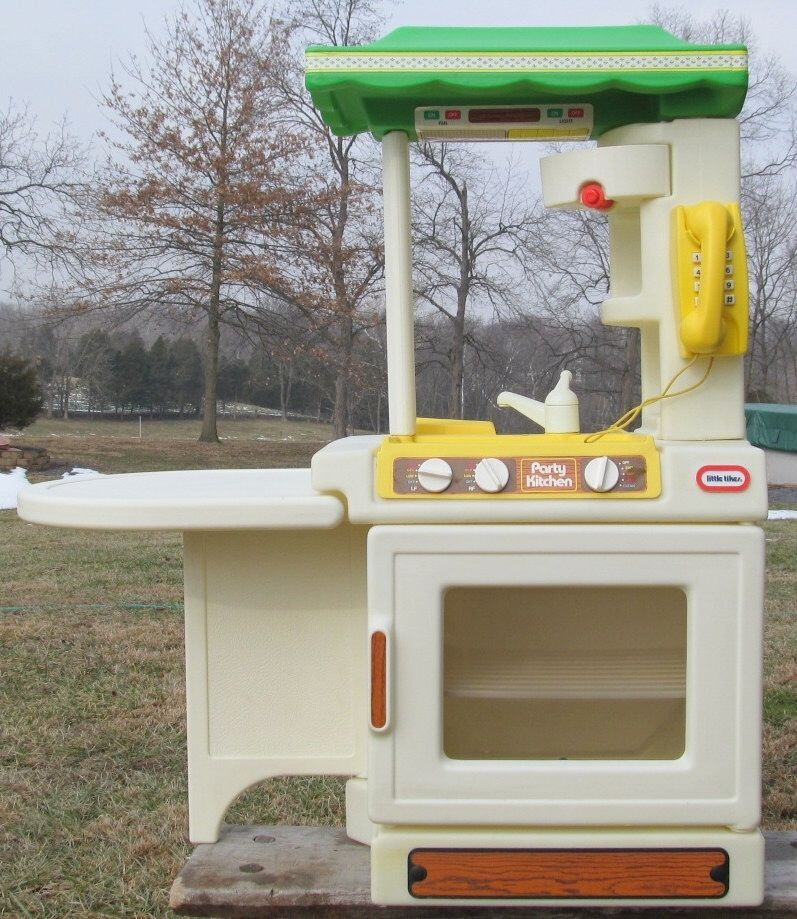 Vintage Little Tikes Party Kitchen Childs Playset Made In Usa Free Shipping Kids Memories Childhood Toys My Childhood Memories
