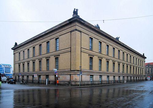 Berlin Altes Museum 1830 Ruck Und Seitenansicht German Architecture Tectonic Architecture Historical Architecture