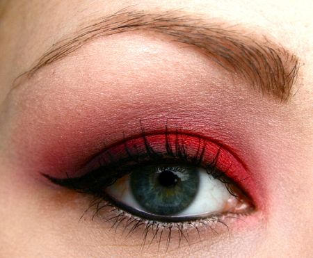 Love Red Eyeshadow! bottom eyeline on water line top one gets thick on the left