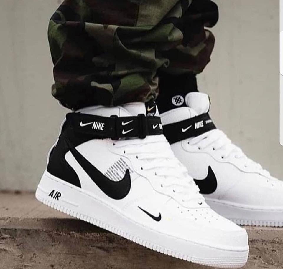 timeless design 99b96 7bc6d 𝒻𝑜𝓁𝓁𝑜𝓌  𝓀𝓈𝓁𝒶𝓎𝓃𝓃𝓃 🧚🏽 ♀ 𝒻𝑜𝓇 𝓂𝑜𝓇𝑒 💝  tennisshoes White  Jordans,