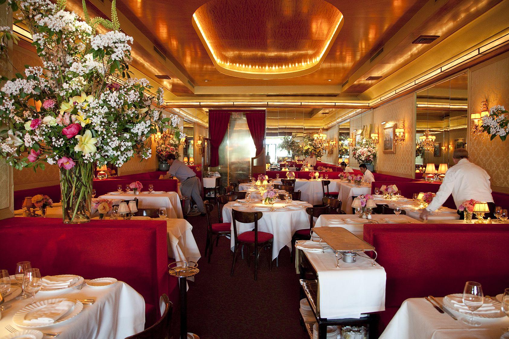 The Most Romantic Restaurants In Nyc Romantic Restaurant Nyc Restaurants Nyc Guide