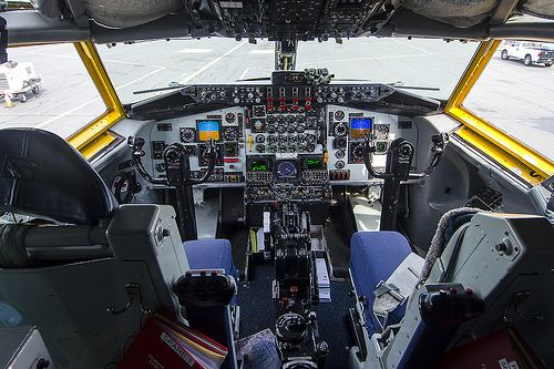 Usaf Kc 135 Cockpit Boeing 707 Military Aircraft Fly Air