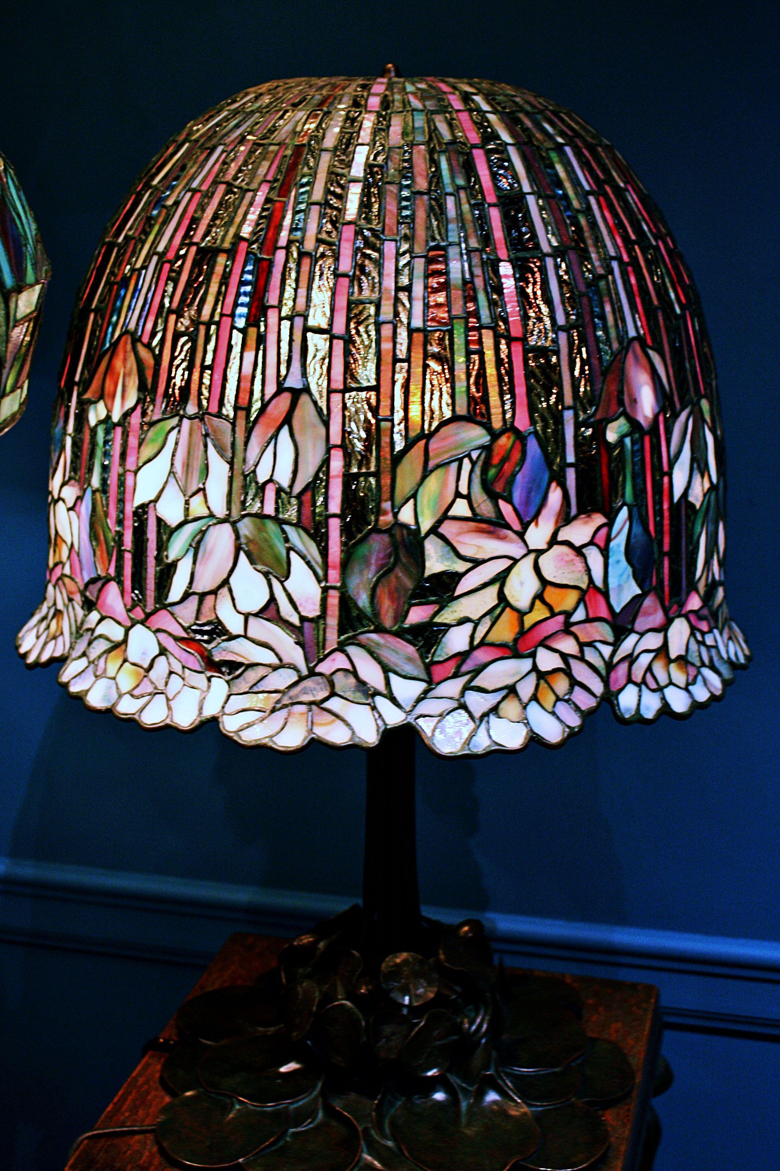 Tall Slim Lamp Table You Need A Bedsidetablelamps Batterytablelamp Tablelampsforbedroom Floorlampshades Lamp Design Table Lamp Lamp