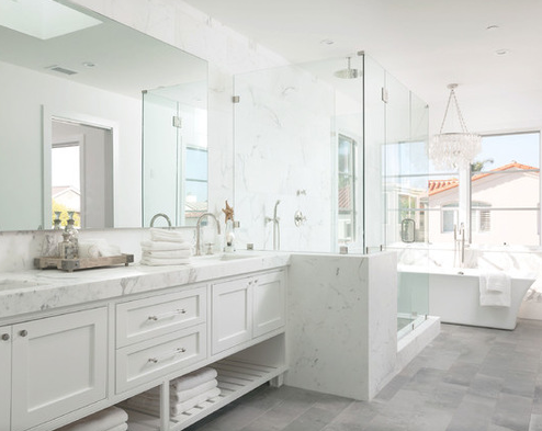 101 Beach Themed Bathroom Ideas Beachfront Decor White Master Bathroom Gray And White Bathroom Grey Bathrooms