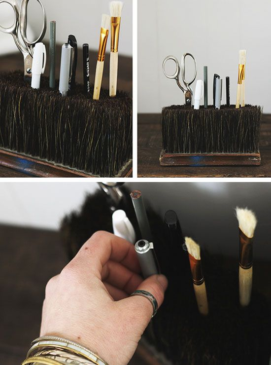 Repurposed Broom Head as Accessory Organizer | 23 Life Hacks Every Girl Should Know | Easy Organization Ideas for Bedrooms