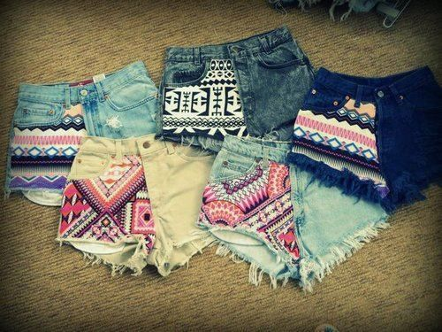 Jeans shorts - DIY - Aztec patterns...I'm obsessed