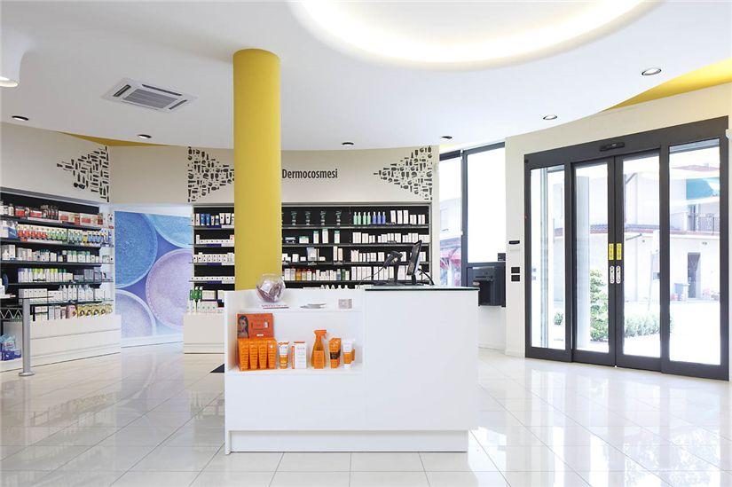 Modern Retail Pharmacy Interior Design Ideas #009 - Retail ...