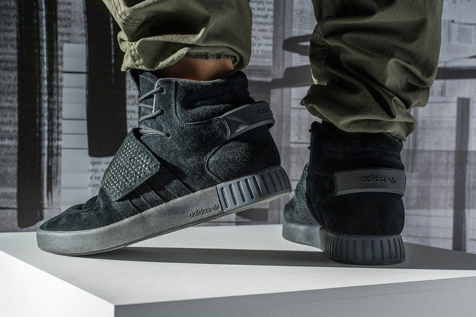 Foot Locker 獨佔 adidas Originals Tubular Invader Strap 全黑配色 ... d38c0828b