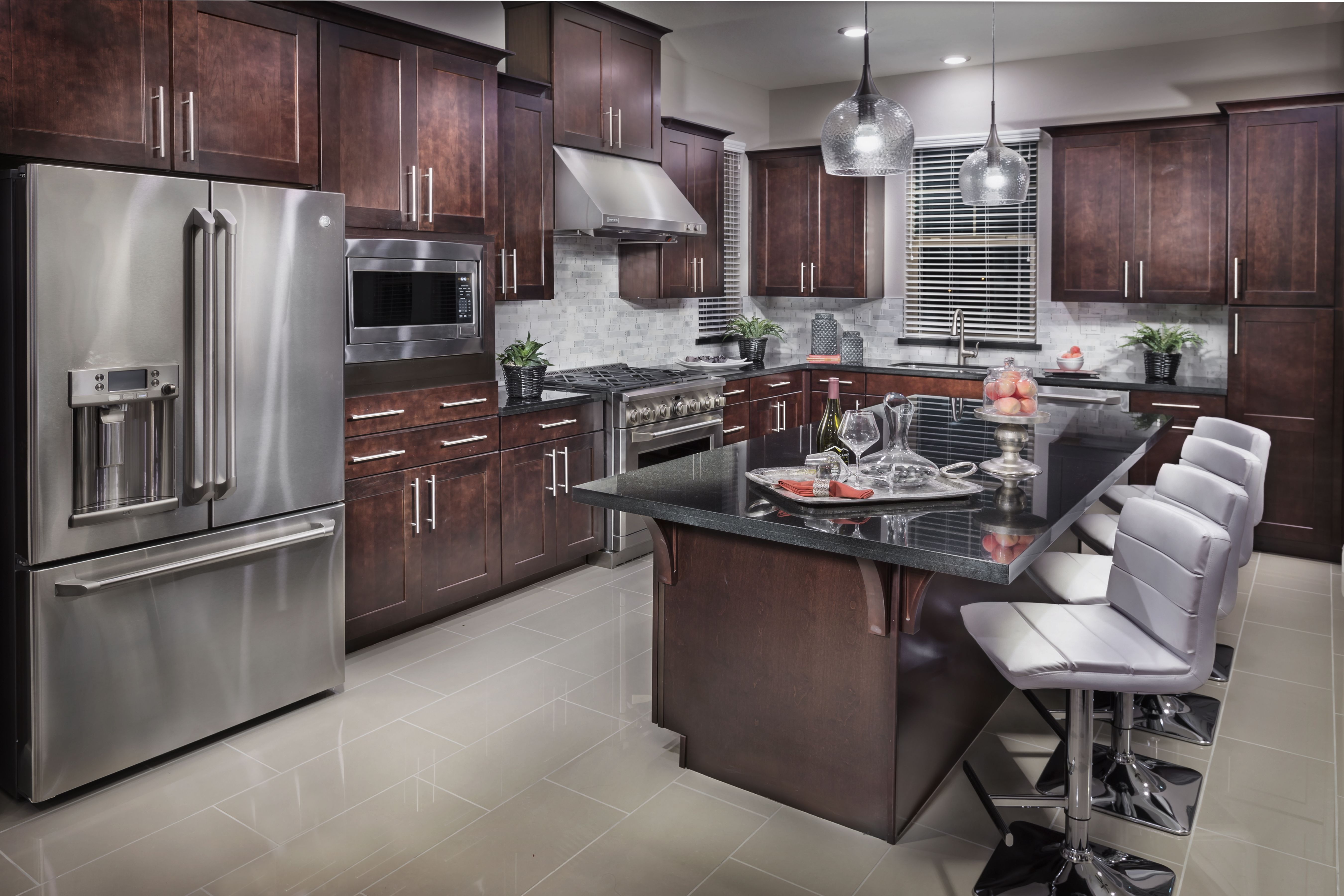 Luxury Kitchen Renovations Remodeling Services In Houston Tx Bay Area Kitchens Kitchen Renovation Luxury Kitchen Kitchen Design