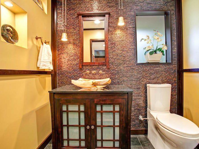 Rivestimenti bagno stile rustico mobili legno sanitari colore bianco