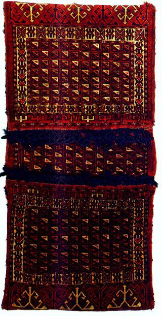 Khorjin with unusual interlocking triangles decoration attributed by Jourdan to the Yomut 2nd half of the 19th century - Back to list of Oriental Rugs and Carpets