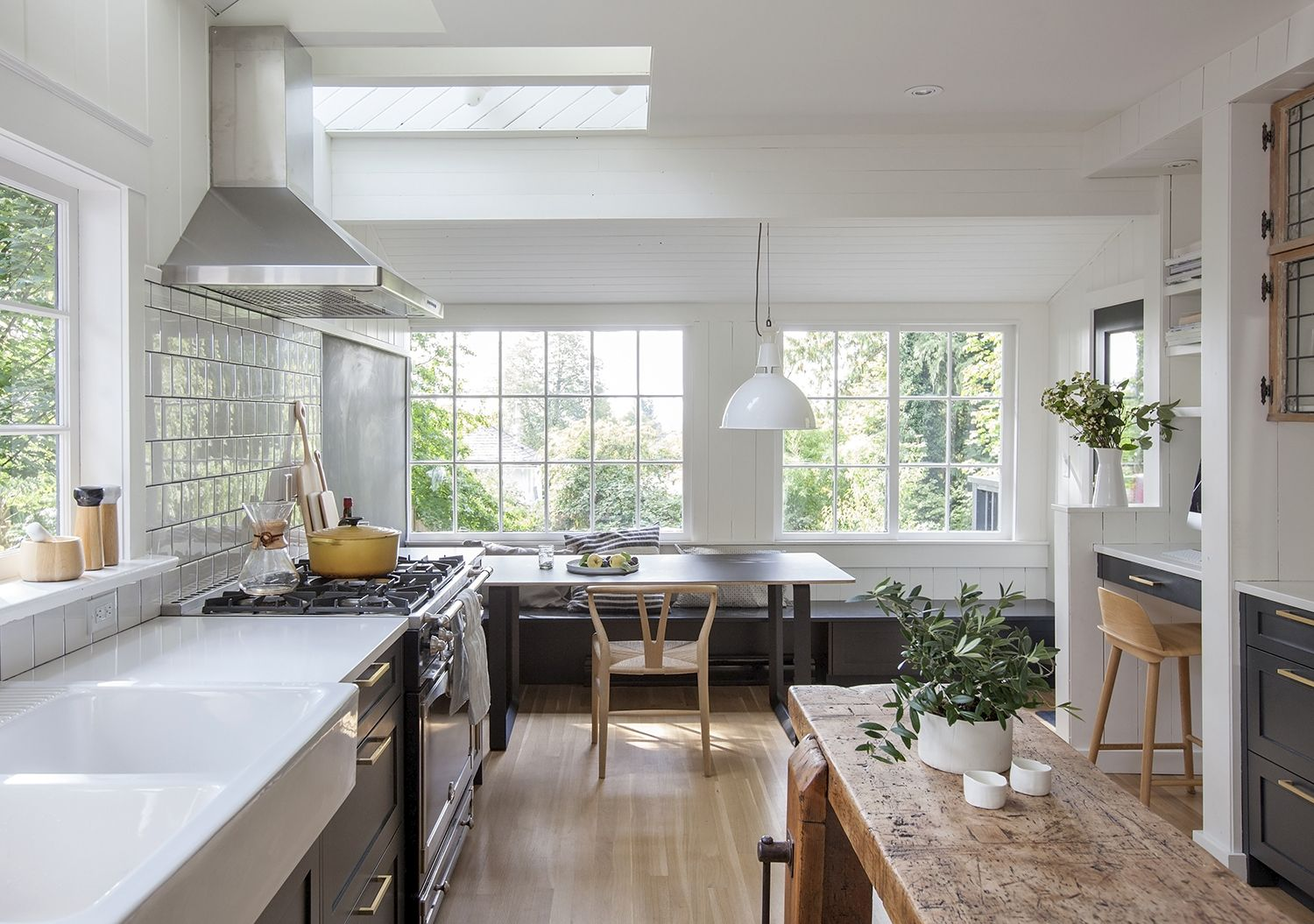 Well I Fell In Love Today This Home Designed By This Gal I Am In Love Up To My Eyebrows The Fi Home Decor Kitchen Modern Kitchen Island Kitchen Renovation