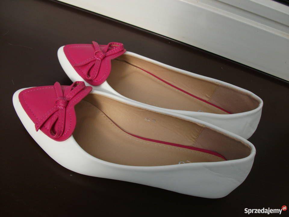 Www Sprzedajemy Pl Baleriny Z Serduszkami 39 Nowe Heels Kitten Heels Shoes
