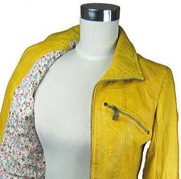 Gelbe Lederjacke von Jilani, erhältlich auf marken