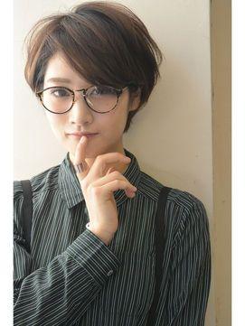 アッシュブラウン 耳かけショートボブ Short Hair Glasses Asian Short Hair Shot Hair Styles