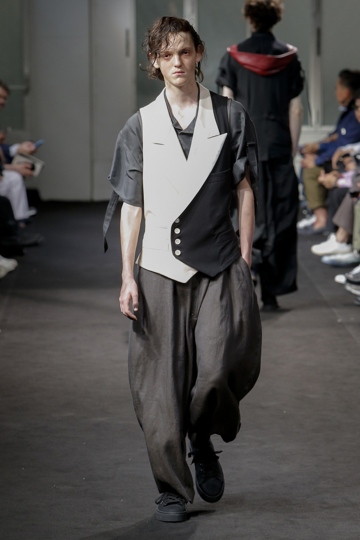 Yohji Yamamoto Spring 2019 Menswear Fashion Show
