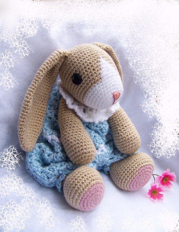 Crochet Bunny Pattern-Crochet Rag Doll Bunny Pattern-Amigurumi Rabbit-DIY Ragdoll Bunny-Crochet Lovey Pattern-Snuggly Bunny Crochet Pattern #crochetbunnypattern