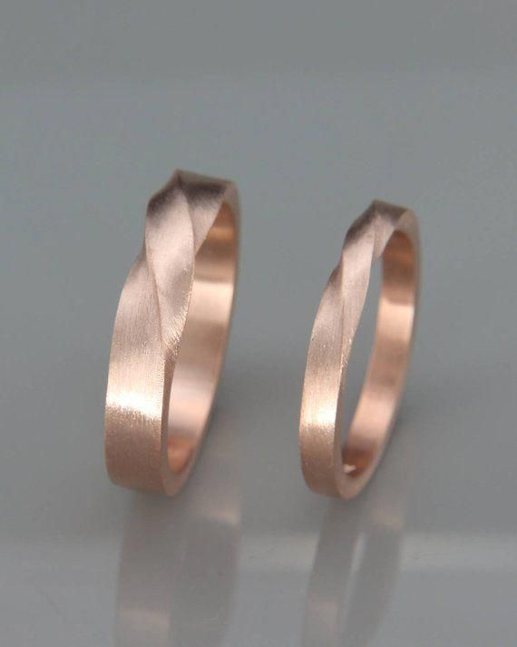 The Jewels Matching Mobius Wedding Bands Handmade Solid 14k Rose Gold His And Hers Mobius Wedding Rings Rose Gold Mens Wedding Rings Gold Etsy Wedding Rings