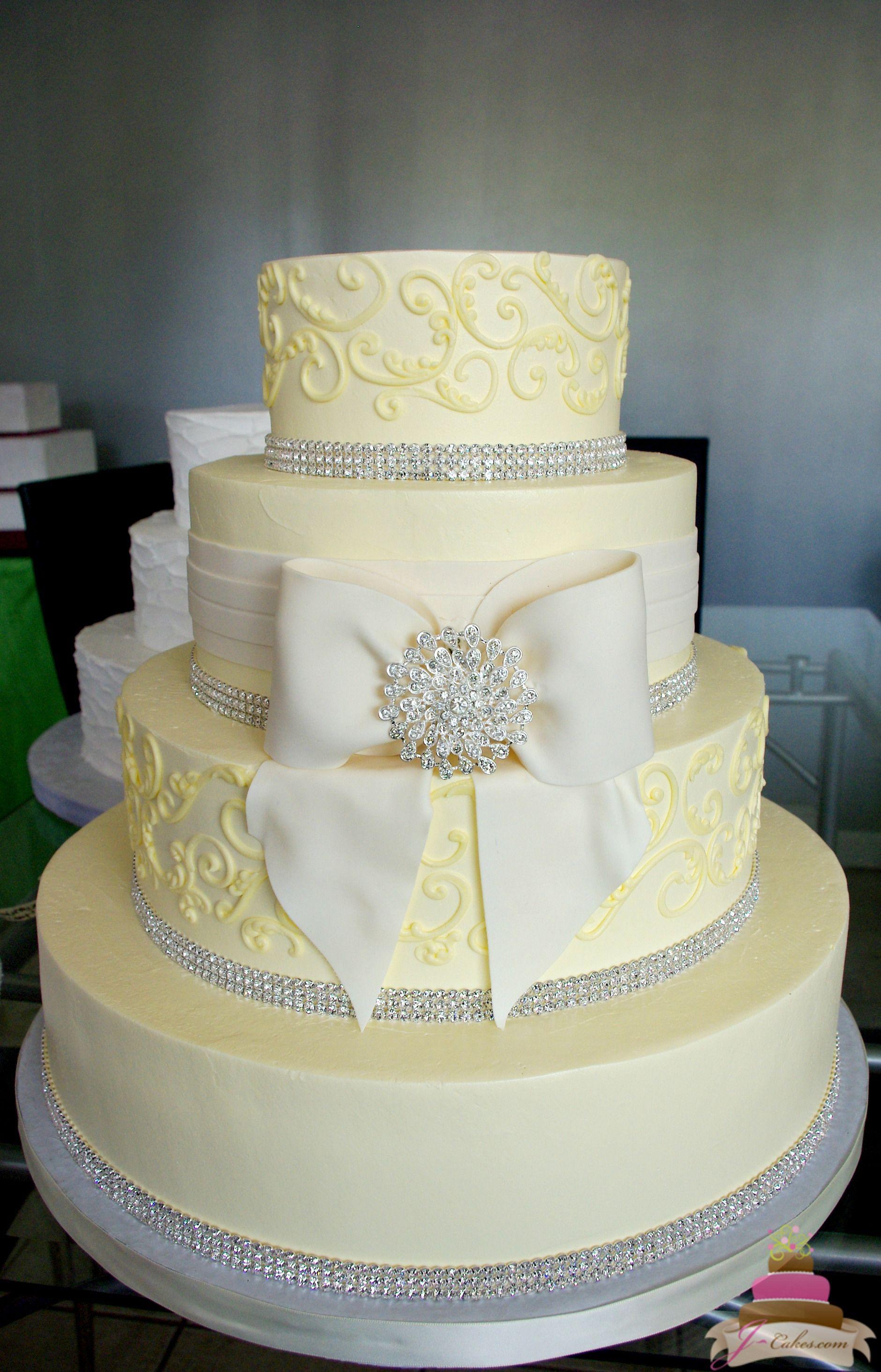 1149) Fondant Bow and Bling Wedding Cake | Icing | Pinterest ...