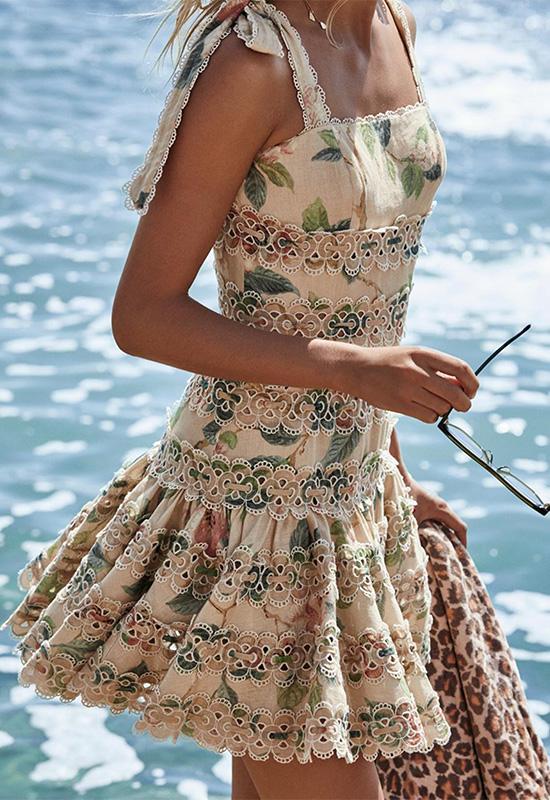 El de Sara Carbonero y otros vestidos románticos que nunca pasan de moda