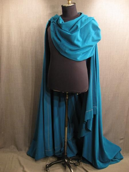 09011720 Cape with cowl, teal wool.JPG (450×600)