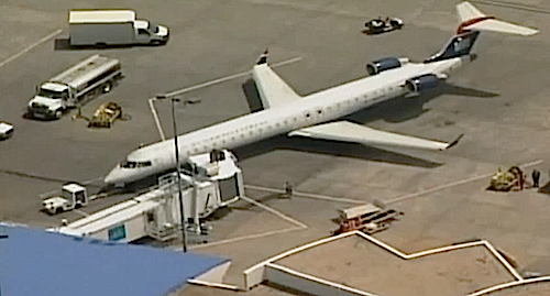 Bees Keep Plane Stuck At Gate Video Fighter Jets Plane Aircraft