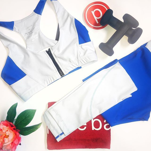 S•W•O•O•N, Just Swoon.  #purebarre #purebarrebevhills #swoon #fashion #fitness #active #apparel #lifestyle #fit #activewear #athleisure #blue #bright #summer #whiteout #power #red #calirfornia #love #flatlay #flatlayapp #flatlays www.theflatlay.com