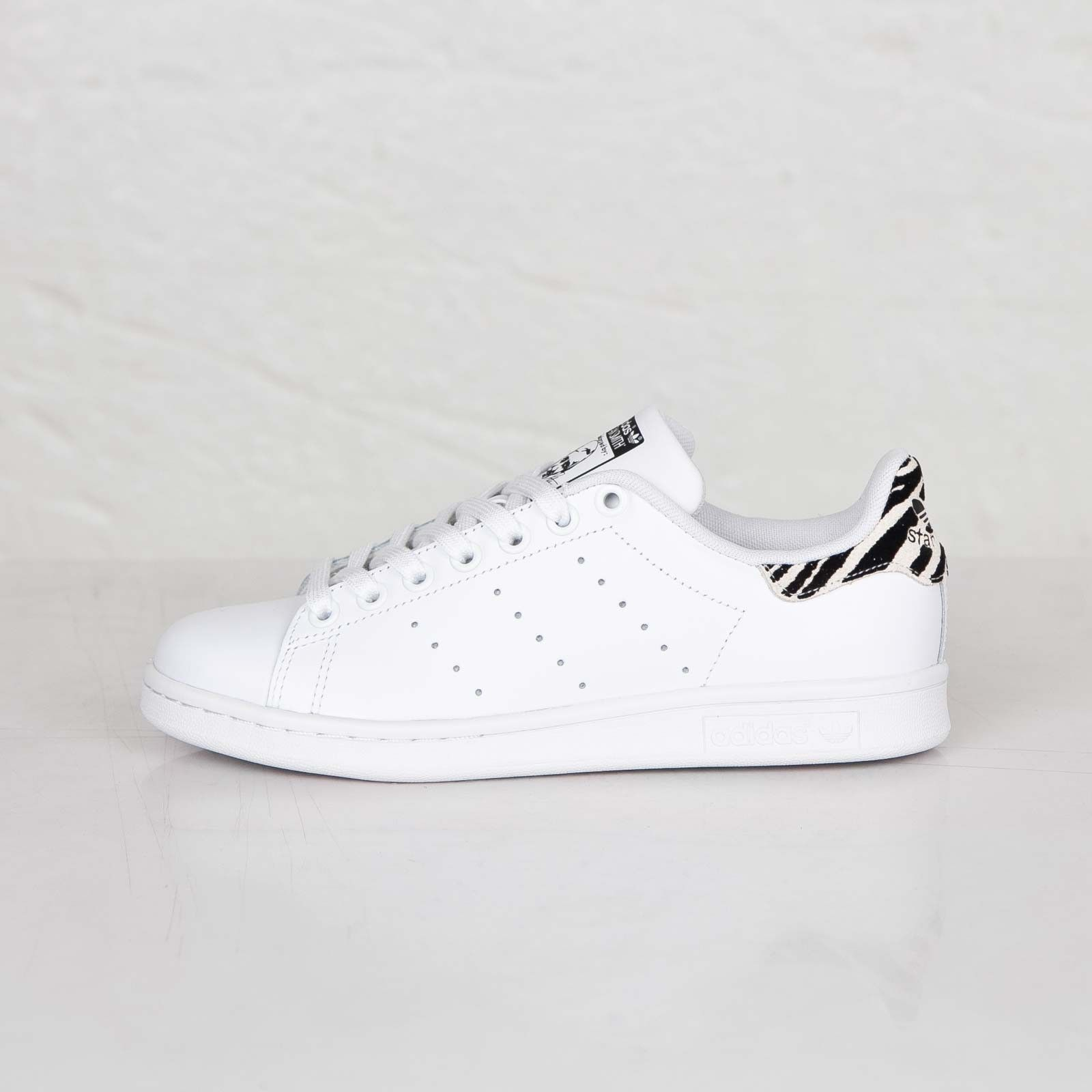 basket adidas stan smith blanc et zèbre
