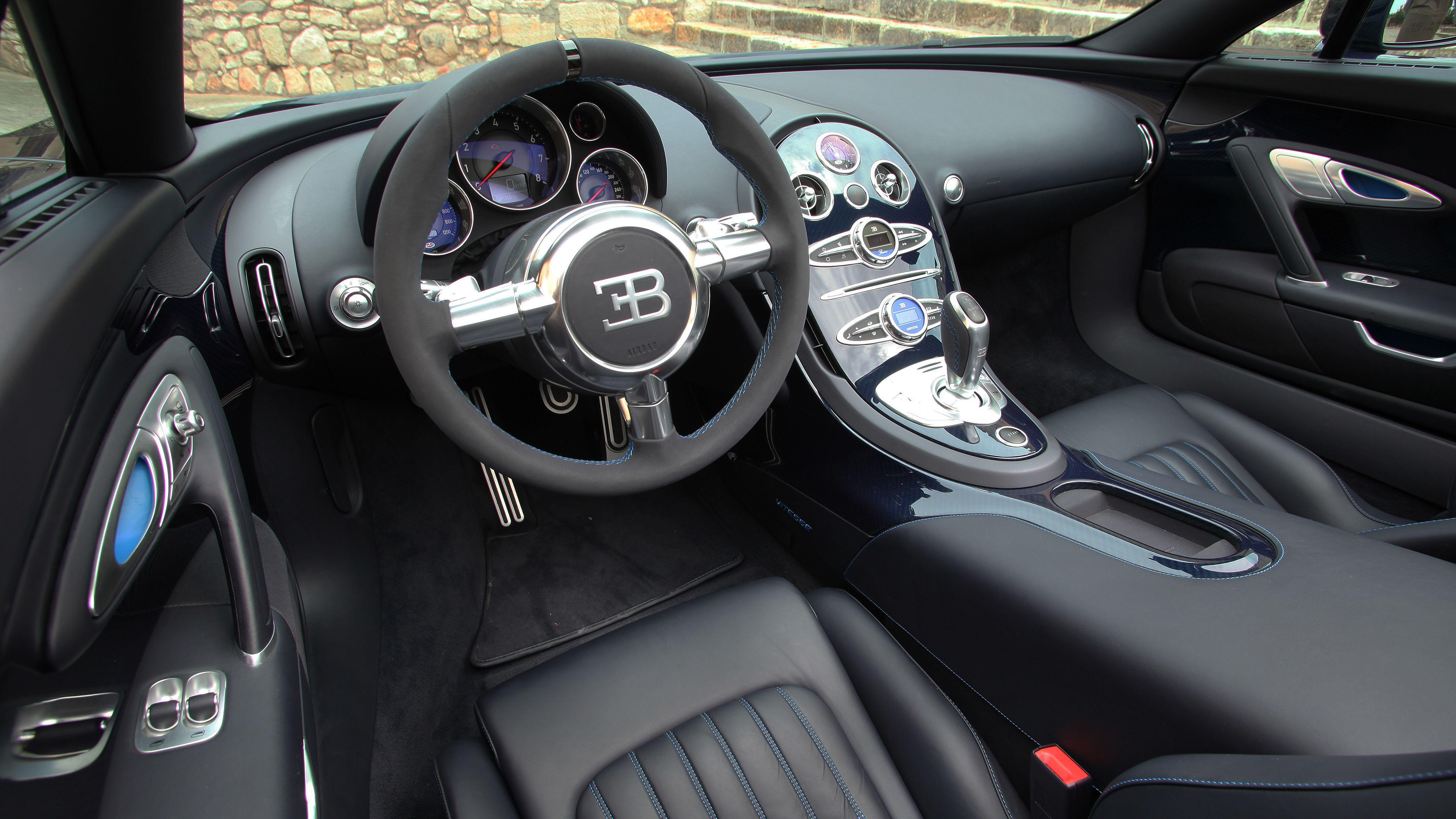 Bugatti Veyron 16 4 Grand Sport Vitesse 2012