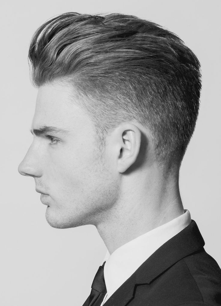 Mens Hairstyles Shaved Side And Long Top Hairstyles For Men Mens Hairstyles Top Hairstyles For Men Men Haircut Styles