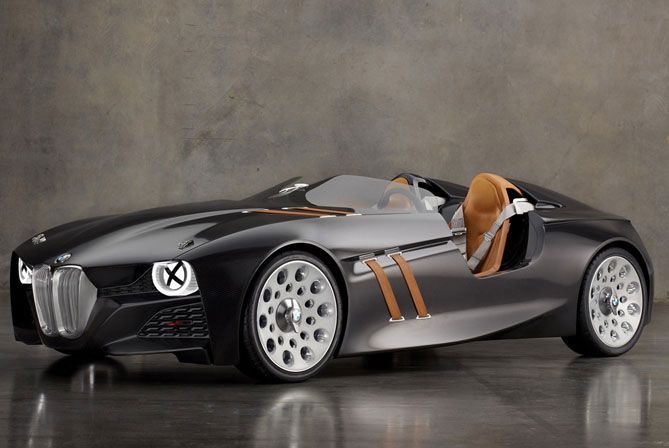 This is. by far. THE sexiest #car I have ever laid eyes on. Great #vintage meets bat mobile look #BMW -328-Hommage-3