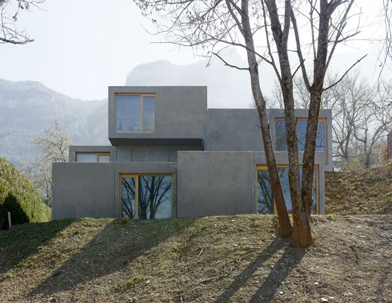 pierre alain dupraz architecte ets fas construction d une villa prefabriquee collonges sous. Black Bedroom Furniture Sets. Home Design Ideas